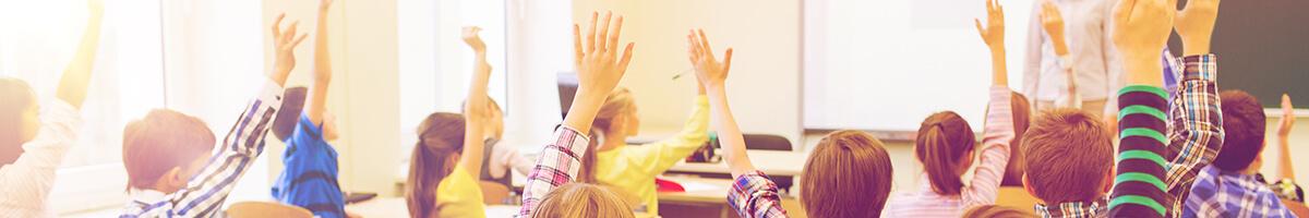 Beste Schulbeamer Kaufberatung 2021 | Beamer von Experten getestet
